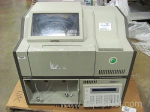 Hewlett Packard 1090 Liquid Chromatograph