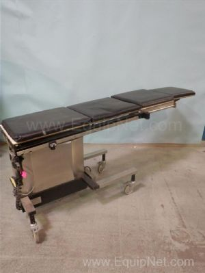 ADC MAX-500L Examination Table