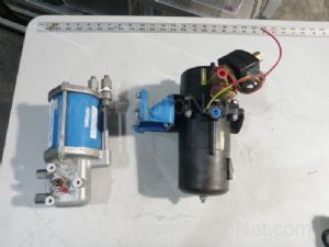 Lot of 2 Jamesbury Flow Valves
