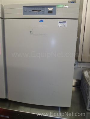 Forma Scientific 3120 CO2 Water Jacketed Incubator