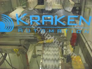 Kraken Right Angle Tranfer System with Conveyor