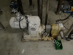 Lot of 4 Pumps