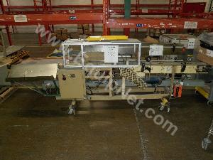 Packing Station with Conveyor