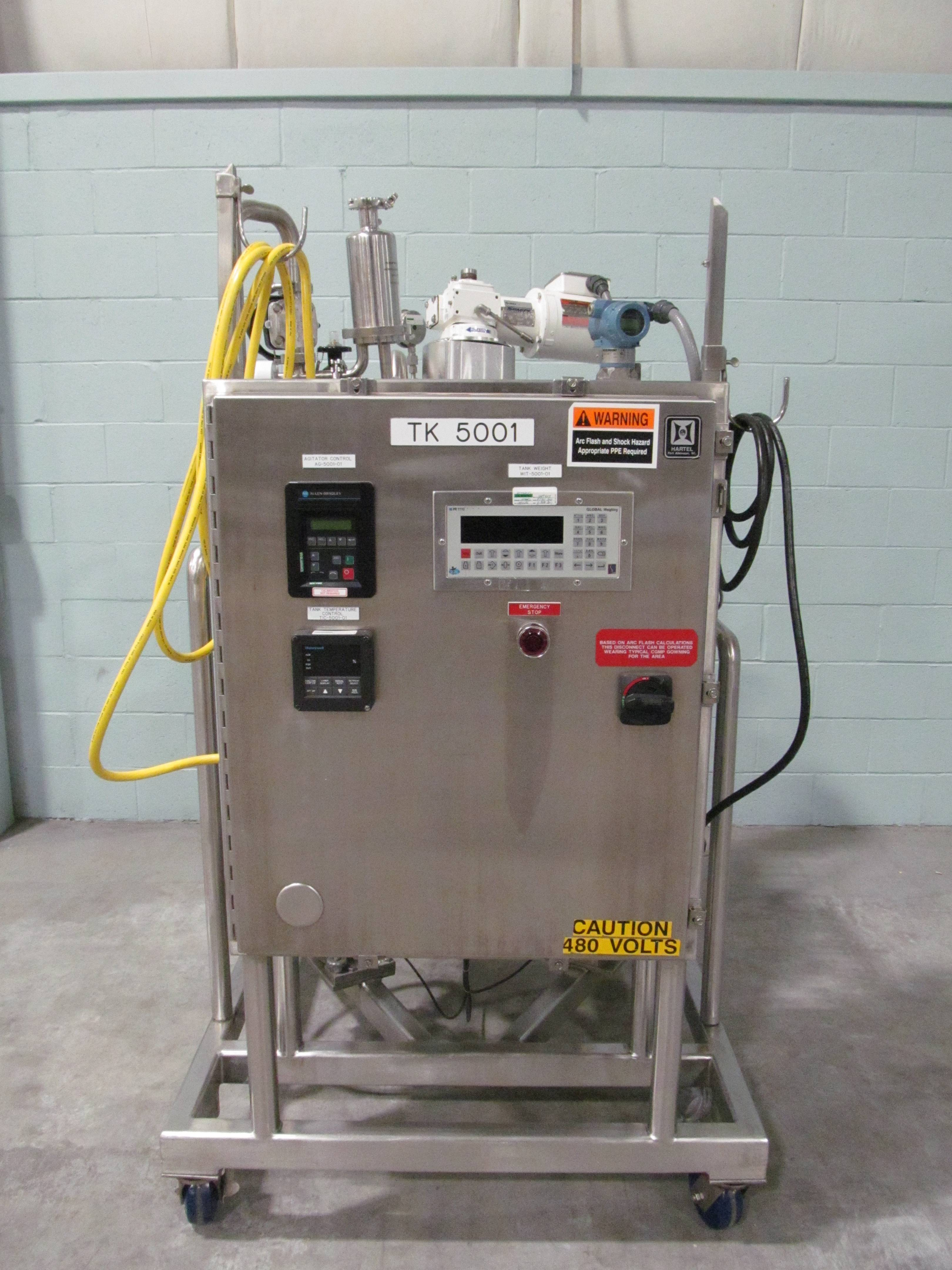 DCI 100 Liter Stainless Steel Jacketed Reactor Tank With Top Agitation And Control Panel