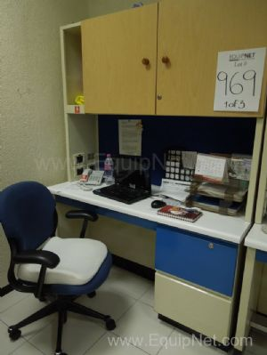 Lote de 4 mesas de trabajo para laboratorio - Lot of 4 working tables for laboratory