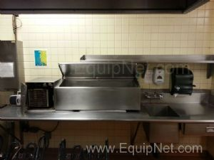 Stainless Steel Wash Station With Heated Water Bath and Shelf