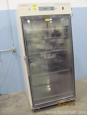 Thermo Forma 3950 Reach In CO2 Upright Incubator