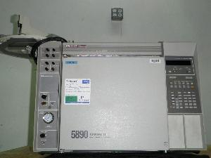 Hewlett Packard Series II 5890 Gas Chromatograph with Dual FID