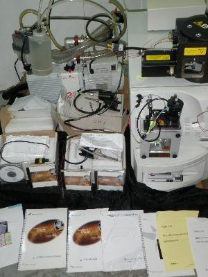 MicroMass ZQ Mass Spectrometer with Pump and Probes