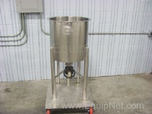 B and G Machine Single Wall Stainless Steel Tank Approximatley 15 Gallns