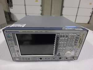 Rohde and Schwarz FSIQ 7 Spectrum Analyzer