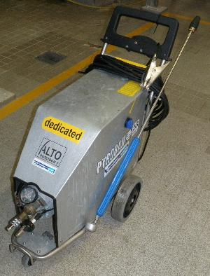 Ex Rated Mobile Pressure Washer with Lance and 10m Hose Reel