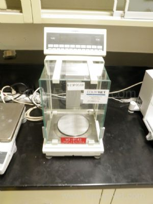 Sartorius Model FC06BBE-S Analytical Balance