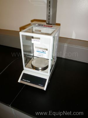 Mettler Model PM460 Delta Range Analytical Balance