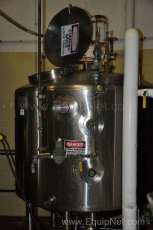 Walker 400 Gallon Stainless Steel Jacketed Tank with Agitator