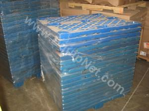 Lot of (300) Stackable Plastic Pallets
