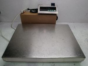 Mettler Toledo High Precision 600 Pound Capacity KCC300S Bench Scale with Digital ID1 Plus Terminal
