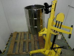 Easy Lift Mobile Manual Ergonomic Capacity 600 Pounds Lifter of Drums