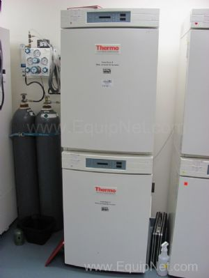 Thermo Electron Dual Stack Incubator Model 3110