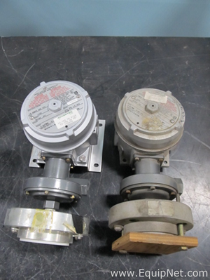 Lot of 2 United Electric Pressure Switches