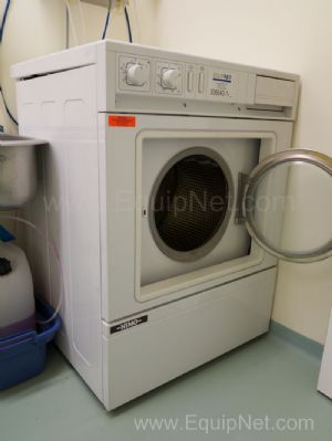 Cylinda Volund Nims Washer and Dryer