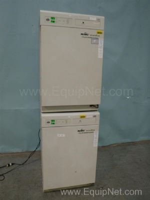 Nuaire NU-5500 Double Stack CO2 Air-Jacketed Incubator