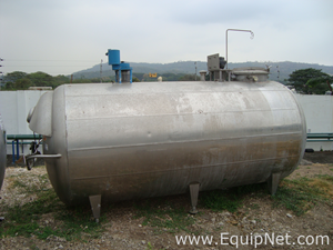 Stainless Steel Horizontal 4000 L Tank with 2 Agitation Systems on Top