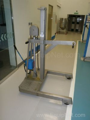 Silverson Stainless Steel mobile manual hydraulic hoist SWL 300kg