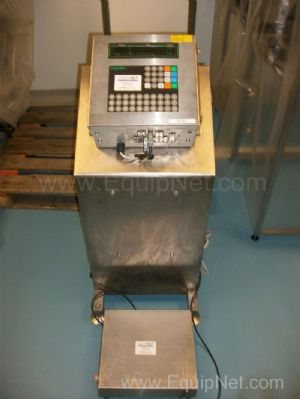 Mettler Toledo Stainless Steel 30 Kg Max Weighment Platform Scales and Stand mounted Control Panel
