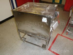 1 Lot of 8 off Stainless steel Rectangular 250 Litre capacity mobile Storage totes with lids