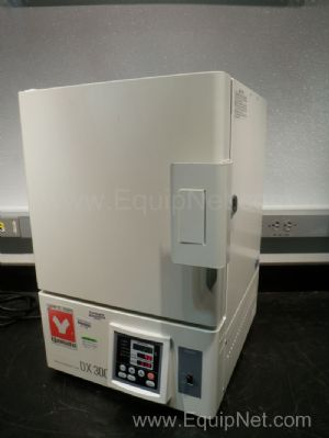 Yamato model DX300 Gravity Convection Oven