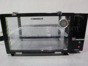 Sanplatec Dry Keeper Horizontal Dessicator Cabinet