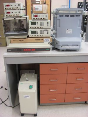 Lot of Assorted Miscellaneous Electrophoresis Equipment