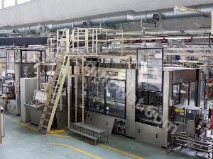 Krones Superbloc Combined bottle rinsing, filling, capping and labelling machine
