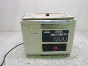 Branson 5200 Sonicating Water Bath