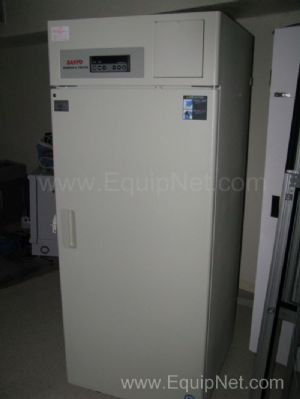 Sanyo -30C Biomedical Freezer Model MDF-U730