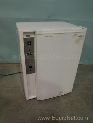 VWR 2005 Low Temperature Incubator