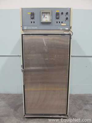 Forma Scientific 3940 Refrigerated Reach In Incubator