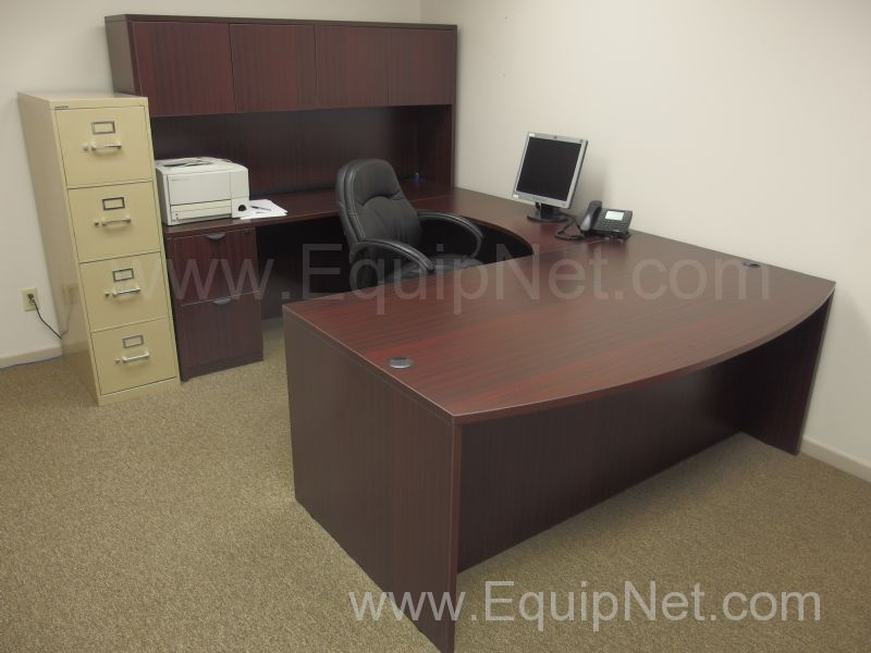 504850 Contents Of Office Furniture Only