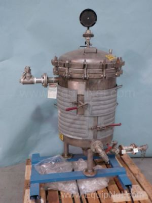 Niagra Type 316L Stainless Steel Pressure Sparkler Filter with Jacket Retrofit On Wheeled Stand