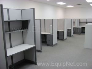 Lot of (13)Knoll Office Cubicles