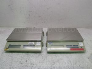 Lot of 2 Mettler Toledo SB16001 Balances