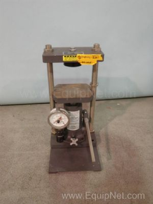 Carver 4332 Hydraulic Press