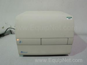 Molecular Devices fMax 374 Microplate Fluorometer