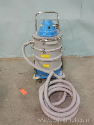 Nilfisk Wet/Dry Vacuum Cart
