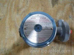 United Electric H122-454 Pressure Switch