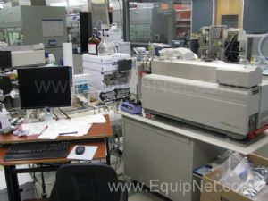 Applied Biosystems MDS Sciex 4000 Q Trap LC/MS/MS System W/HPLC
