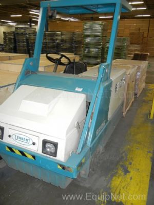 Tennant 235E Floor Scrubber/Sweeper with Battery Charger