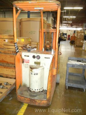 Yale Electric Rider Fork Truck