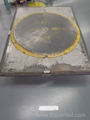 1 Lot of 2 Southworth Pallet Positioners - Lift Table
